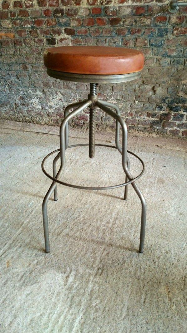 1000 id es propos de tabourets de bar industriel sur. Black Bedroom Furniture Sets. Home Design Ideas