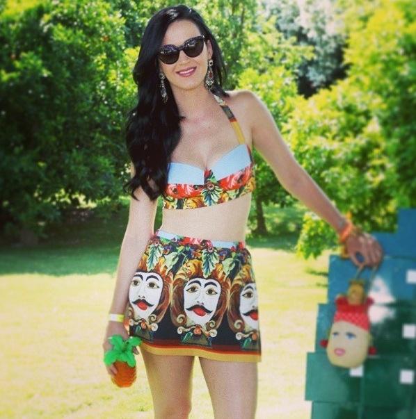 Katy Perry in Coachella Festival wears D