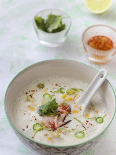 poivre, Poissons, lait de coco, échalote, crabe, huile, cube de bouillon, citron vert, coriandre, petit piment, sel, maïs