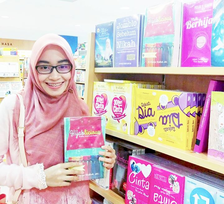 [HIJABLICIOUS] - Hijab Story on Muslim Women (Sholeha, Smart, Stylish)