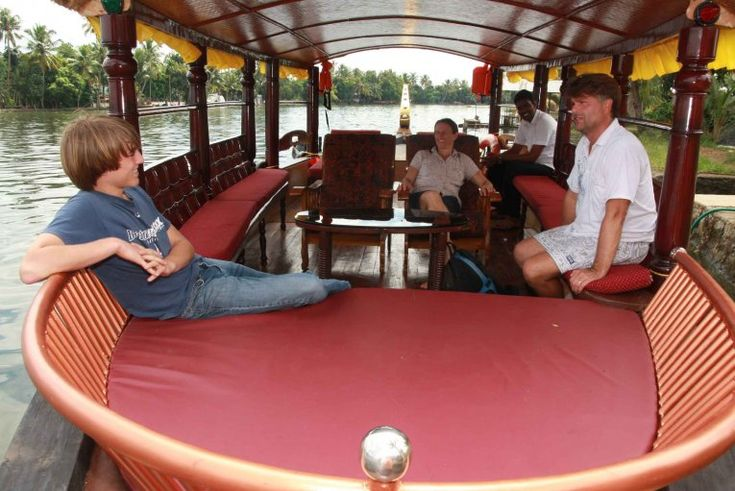 Booked Shikara cruise @ INR 400 per person at Alleppey alappuzha, India. For more info , log in : http://www.triptheearth.com/Package/India/alleppey-alappuzha/shikara-cruise-on-alleppey-backwater-%28-day-cruise%29  ‪#‎Hotels‬ ‪#‎TravelTour‬ ‪#‎Shikara‬ ‪#‎Cruise‬