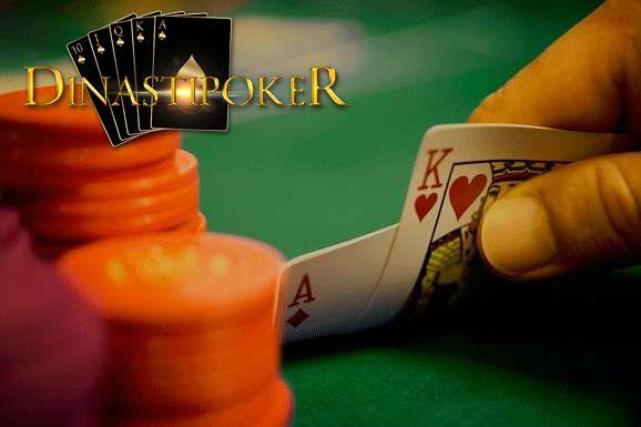 Paduan dan teknik bermain poker dan domino online, Dimana kesempatan kali ini saya akan berbagi sedikit teknik bermain poker dan domino online. Permainan poker iyalah permaian yang di mainkan secara langsung berhadapan muka dengan para player yang lainnya. Tapi sekarang sudah cangih dan modren di mana permain poker dan domino online sudah bisa di main kan melalui smartphone seperti android dan ios tentunya harus memiliki jaringan internet.  berikut tips… Read More »