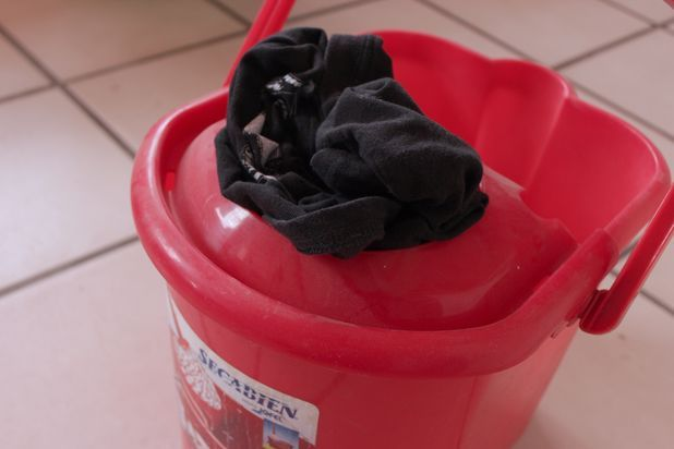 Strategies for Making a Homemade Wringer for Hand Washing Clothes