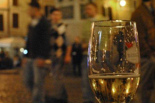 Termoli periodo natalizio: divieto di vendita bevande in contenitori di vetro