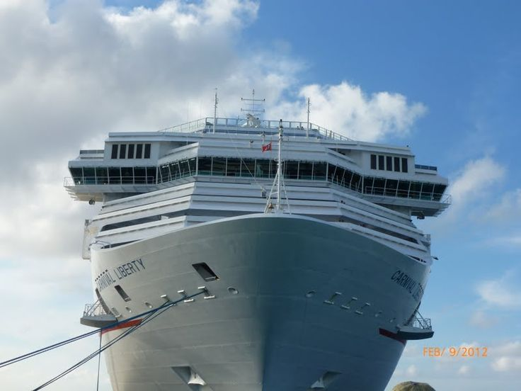 Tips on taking a first time cruise, this page features excellent tips for those that are on the fence (or about to) take a cruise. Read what to pack, what not to bring, how to notify family of where you are, and other tips for the first time cruiser.