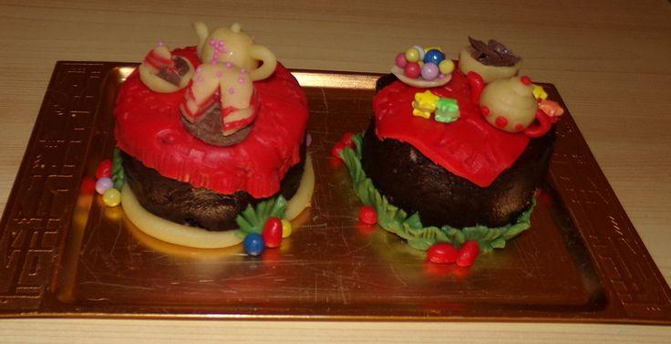"Mini ""tea time table"" cakes to Easter"
