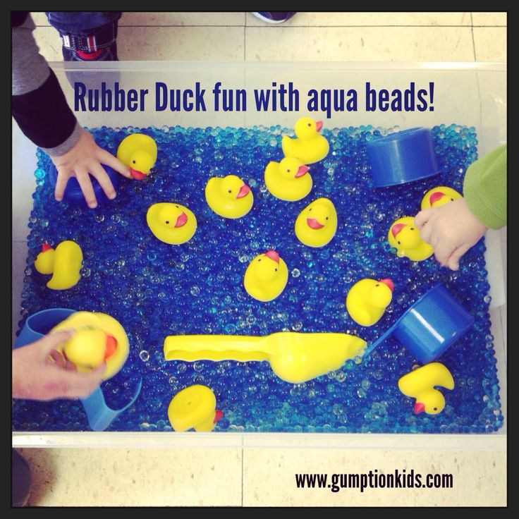 Smart.Play. Rubber Duck Sensory Box  www.gumptionkids.com  @Melissa Squires Squires Celebrate Learning