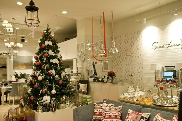 Świąteczne inspiracje od Sweet Living #sweetliving #sweetlivinghomeinspirations #design #interior #exlusive #store #wialnów #rivieramaison #eichholtz #lenebjerre #meble #dodatki #wystrójwnętrz #christmastime #christmasdecorations