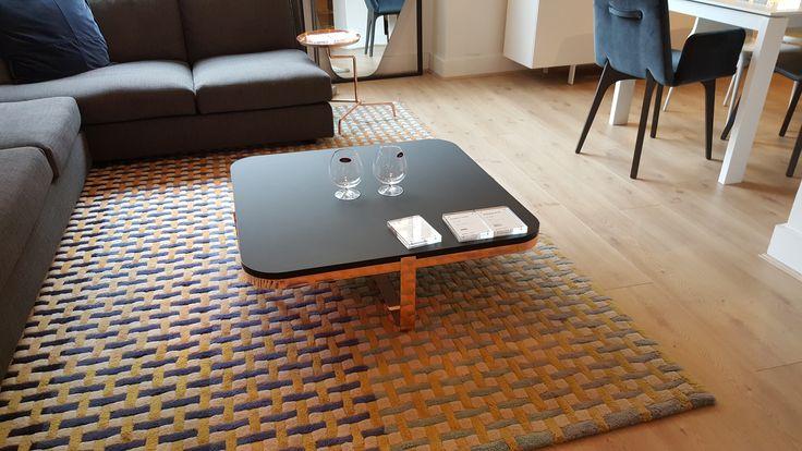 Ligne roset coffee table fancy chic 1028 living room - Table yoyo ligne roset ...