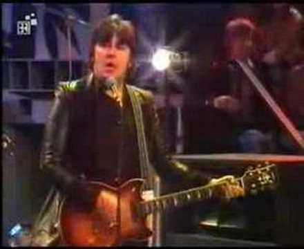 ▶ Suzi Quatro - If You Can't Give Me Love - YouTube