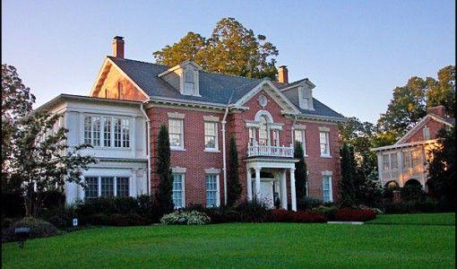 Big House For Big Family Exterior Design Ideas.Good