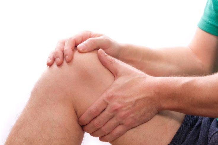 Sechs Tage nach meiner Innenmeniskus-OP wurde mein Oberschenkel mit MaRhyThe® behandelt, danach war der volle Bewegungsumfang des Kniegelenkes wiederhergestellt, nach weiteren acht Tagen konnte ich normal gehen. Als Sportler kann ich MaRhyThe® nur empfehlen.