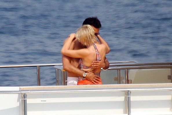 Princess Diana Honeymoon | Princess Diana and Dodi Fayed share a kiss - Pictures - Zimbio
