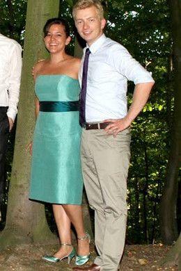 Brautkleid nach der Hochzeit einfärben um es weiter als Abendkleid tragen zu können