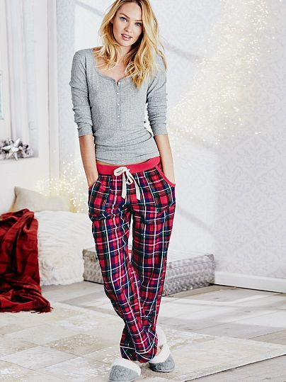 The Dreamer Henley Pajama in RED Plaid and Size SMALL. I also like Polar Bear & Antelope colors.