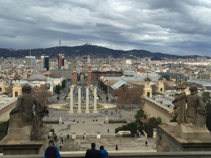 L'exposició i la placa Espanya