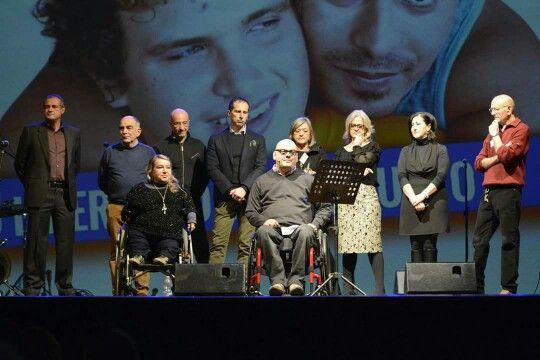 Tutti sul palco! 10 anni #FondazioneIlSole, felici  e ancora pieni di determinazione, #lavitaeugualextutti