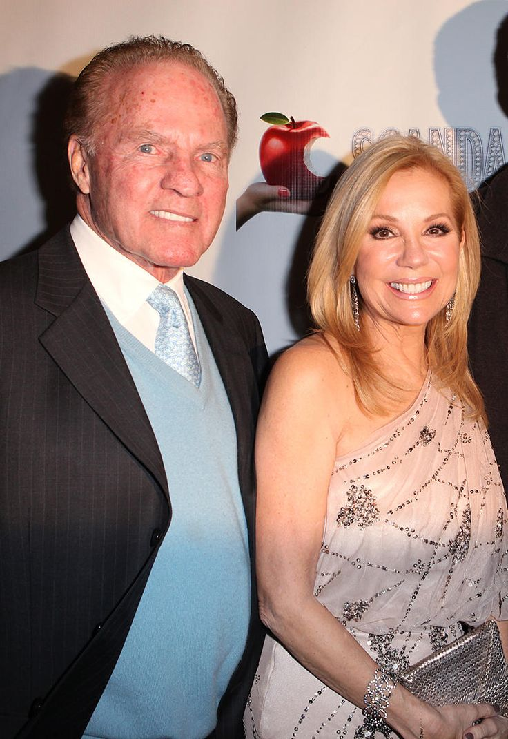 Frank Gifford  The NFL star-turned-Monday Night Football broadcaster died Aug. 9 2015 at 84 of natural causes. An All-American athlete at USC and a member of the Pro Football Hall of Fame, Gifford made eight Pro Bowl appearances and led the Giants to victory over the Chicago Bears in the NFL Championship in 1956.