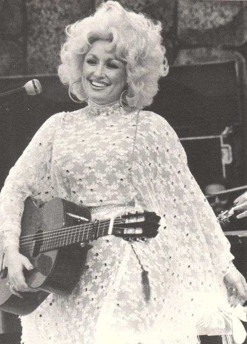 DOLLY Parton - The Dolly Parton Scrapbook _____________________________ Reposted by Dr. Veronica Lee, DNP (Depew/Buffalo, NY, US)