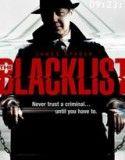 Raymond « Red » Reddington, l'un des fugitifs les plus recherchés par le FBI, se rend en personne au quartier général du FBI à Washington. Il affirme avoir les mêmes intérêts que le FBI : faire tomber des criminels dangereux et des terro...