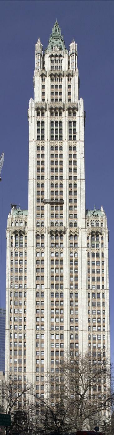 Woolworth Building | New York | Cass Gilbert | 1913