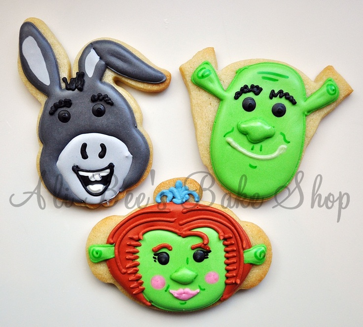 17 best images about shrek party on pinterest birthday party invitations family christmas and - Biscuit shrek ...