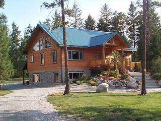 Luxury Vacation House Near Golf Whitefish Lake Glacier Park In Whitefish Whitefish Luxury Vacation Glacier National Park Lodging Vacation Home