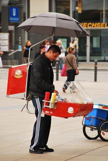 Sausage Cooker Innovative Business Berlin Germany Bratwurst BBQ Recipe