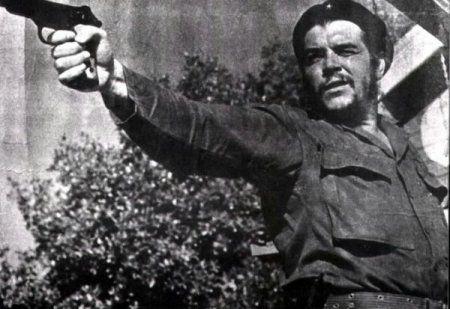 Че Гевара и автоматический пистолет Стечкина АПС / АПБ