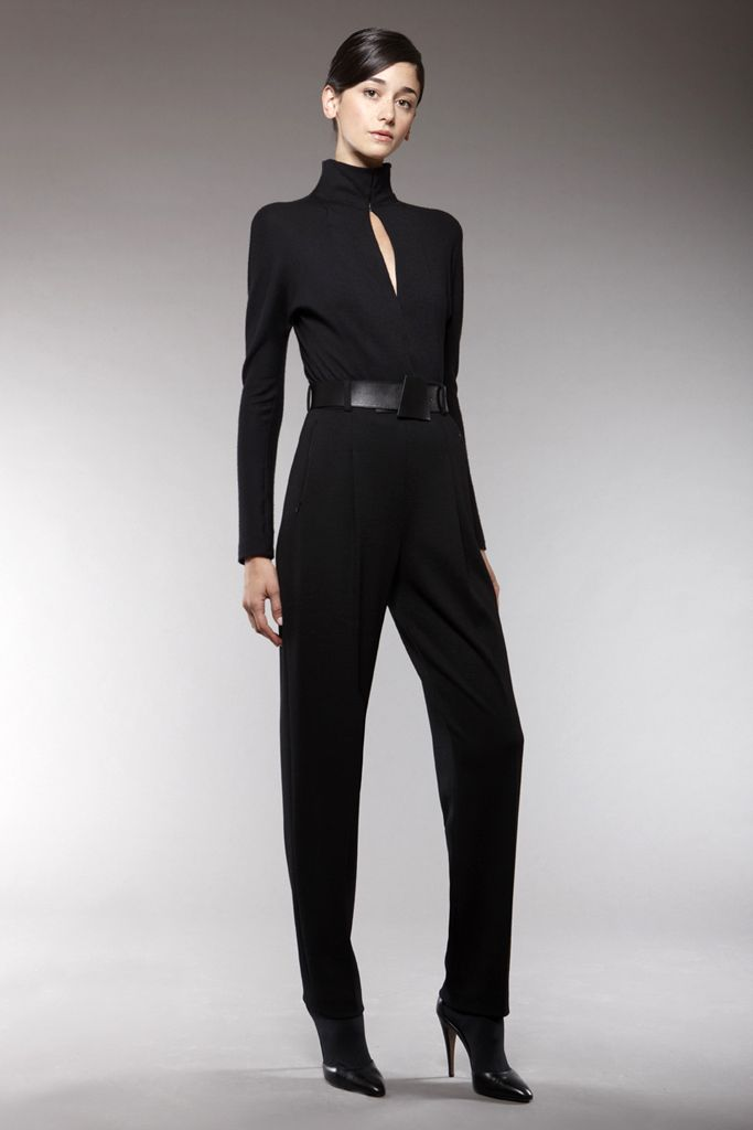 Akris | Pre-Fall 2009 Collection | Cecilia Mendez Modeling | Style.com
