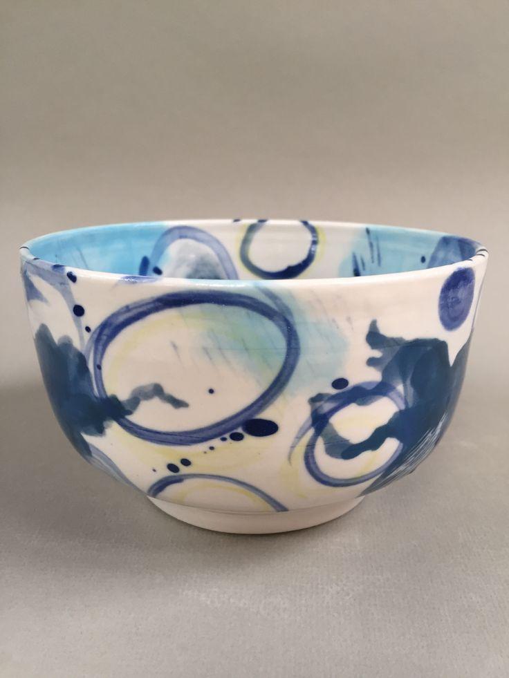 Lynda-Anne Raubenheimer - porcelain bowl with hand painted underglaze decoration