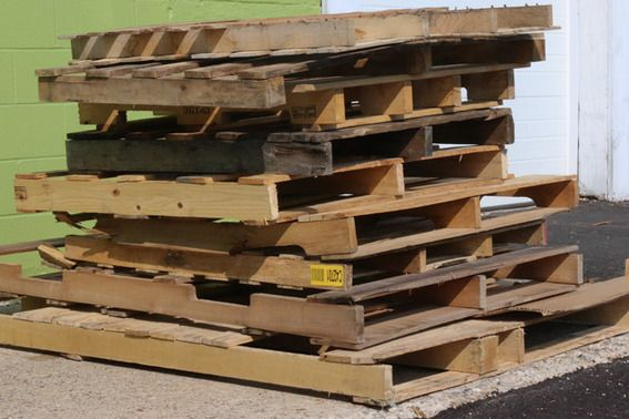 How To Turn a Pallet into a Jaw-Dropping Ottoman » Curbly   DIY Design Community