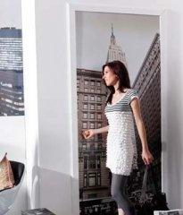 Niet alleen de muur, ook de deur kun je decoreren. Stap New York binnen door je eigen deur met deze #deurposter
