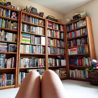 And it just fills you with the desire to read all day long. | 24 Bookshelves That Will Mildly Arouse Any Book Lover