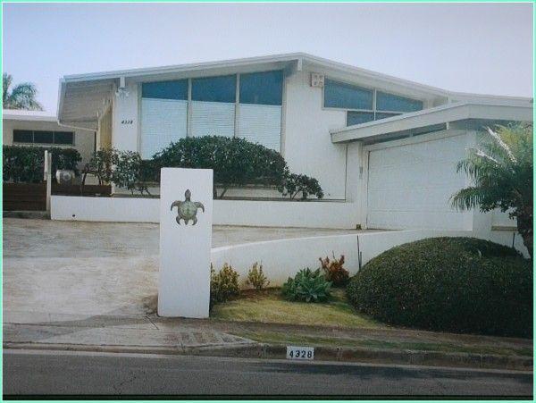 Brian Speer (turtle house) house as-seen-in The Descendants Movie- House film location 4328 Papu Circle Honolulu, HI