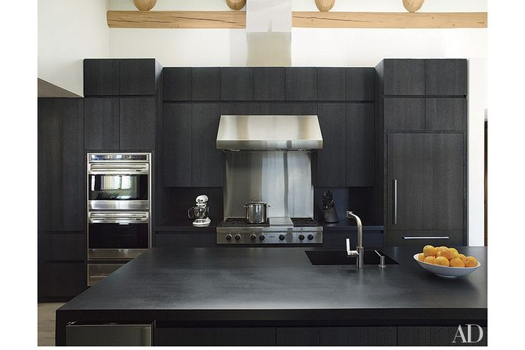 These 20 black kitchens make a stylish impact black for Kitchen cabinets zimbabwe