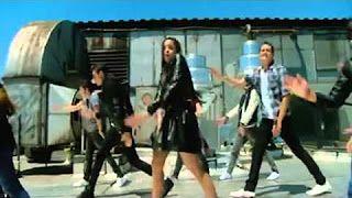 Ritmo Robotico VideoClip Yo Soy Franky - YouTube