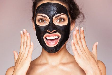 Black Mask Peel for Blackheads and acne. Clear skin in just a few minutes.
