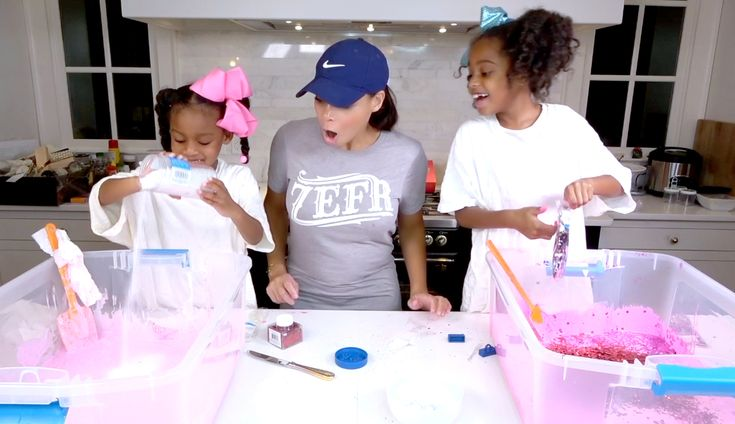 My girls made slime to share with their classes for Valentine's Day this year. What a fun, easy craft to do with your kids! I guarantee both you and your child will be entertained! #Protip: wear crafting clothes, it may get a little messy!   #DIY #Fluffy #Valentine #Slime #Craft #Activity #motherhood #Mother #kid #child #funny #fun #entertainment