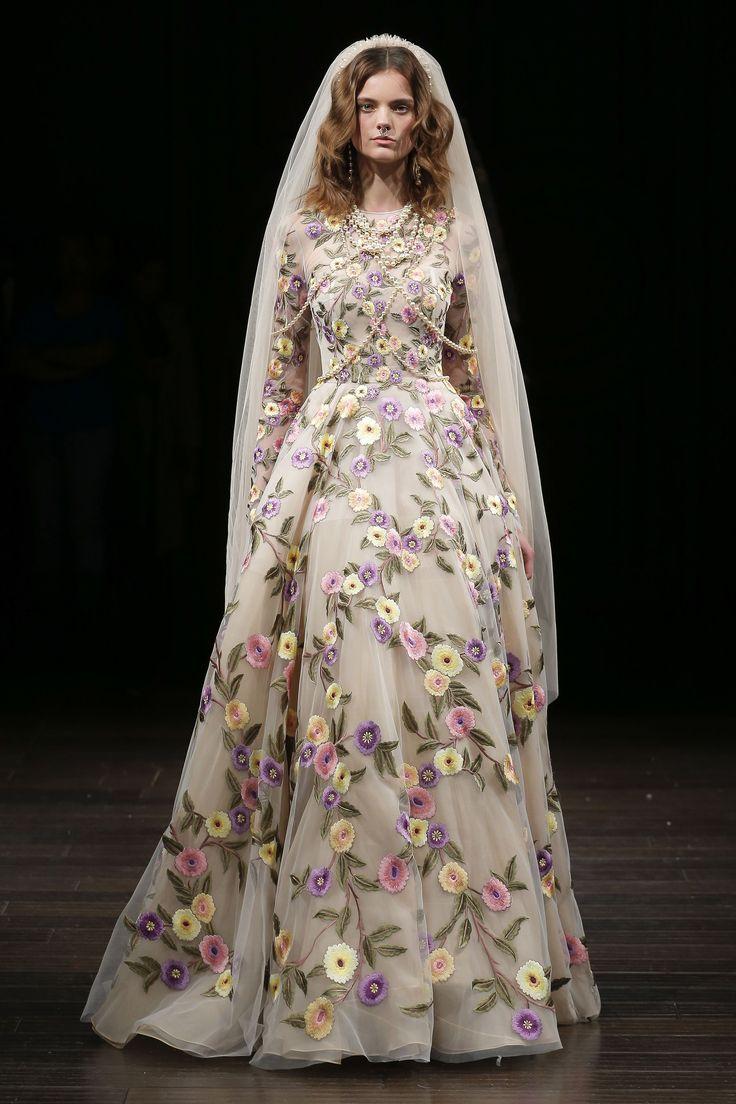 Naeem Khan Bridal Spring 2018 Collection Photos - Vogue