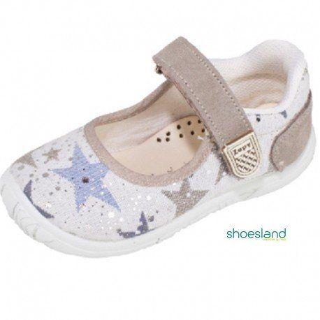 83c9d0c5d Zapatillas de lona para niñas tipo merceditas en color gris piedra con  detalle de estrellas plateadas y cierre de velcro de Zapy Plantilla piel  acolchada ...