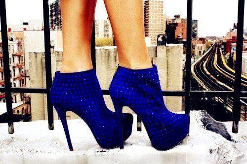 Image via We Heart It https://weheartit.com/entry/80741514/via/13802995 #beautiful #blue #cool #fashion #girl