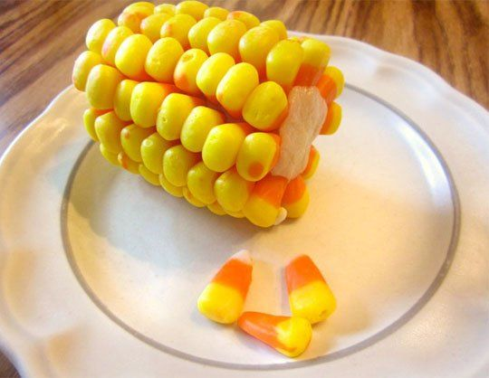 Halloween Treat! Candy Corn on the Cob ! So doing this for the kids Halloween parties this year!: