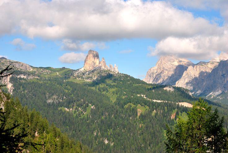 Le 5 Torri, Cortina d'Ampezzo