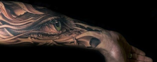 Sólo una muestra de uno de los mejores tatuadores del mundo: Víctor Portugal (más obras en el enlace).
