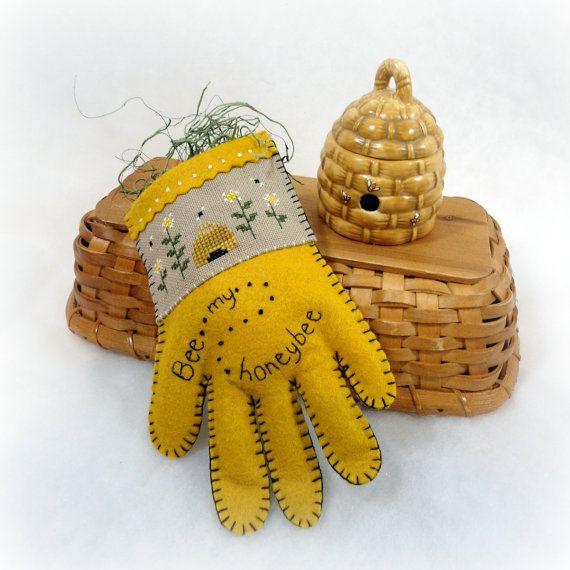 Bee Home Decor: Honey Bee Home Decor Garden Glove Cross