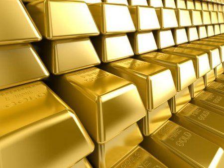 Девальвация валюты страха - золото стремительно дешевеет.
