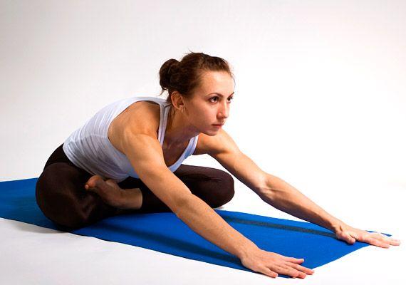 Próbálj ki néhány egyszerűbb jógagyakorlatot, ez segít, hogy kiegyensúlyozottan induljon a nap.