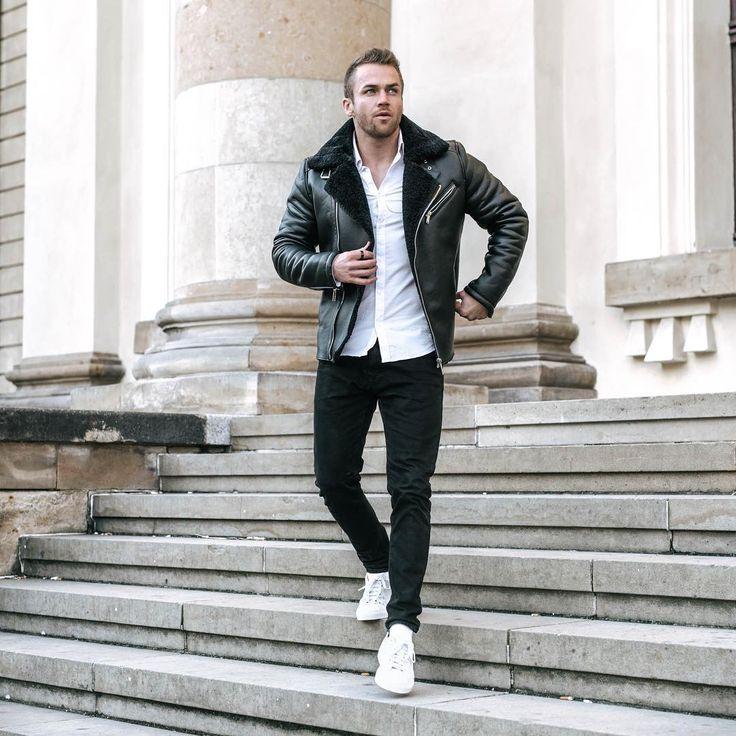 3,800 отметок «Нравится», 74 комментариев — Philipp Stehler (@philipp_stehler) в Instagram: «Monday - check ✔️ Ich hoffe ihr hattet einen guten Start in die Woche Freunde!? Mein Tag war…»