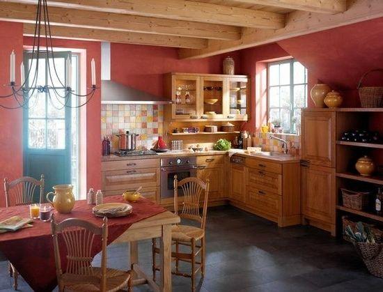 Rustikale Küchen Esszimmer Essstühle Holz Wandfarbe Rot